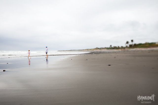an_afternoon_on_the_beach_in_Taiwan_rebecca_hunnicutt_farren_ourbeautifuldays-2